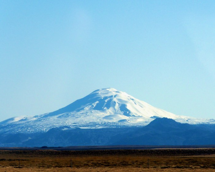 Hekla resting under a snowcap waiting for the next eruption.