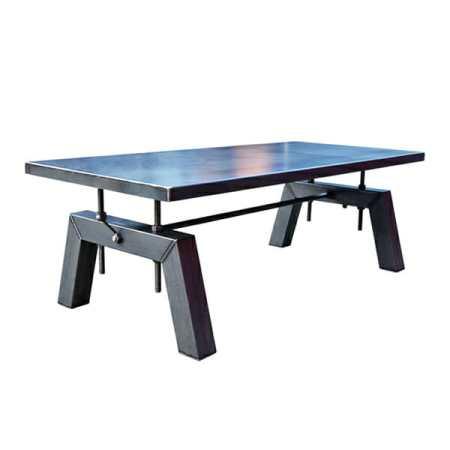 Sturdy pöytä 001