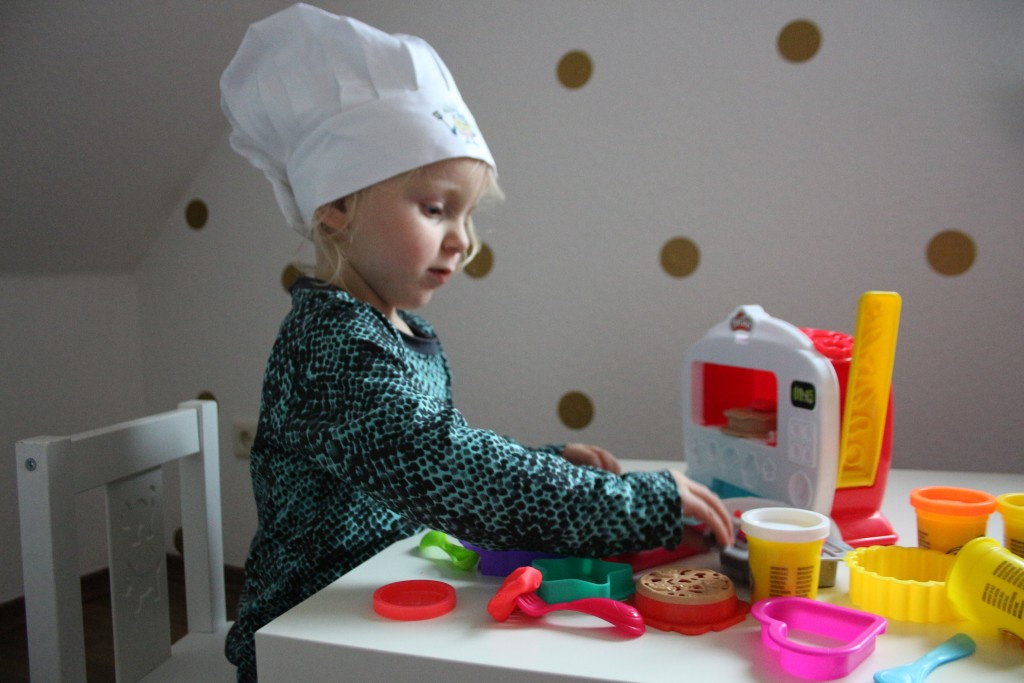 play-doh-magical-oven-magische-oven-review