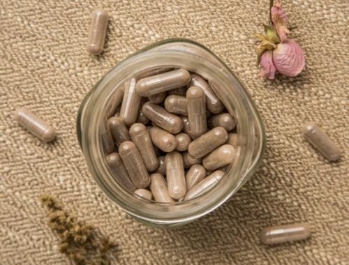 placenta-capsules-opeten-diy-maken