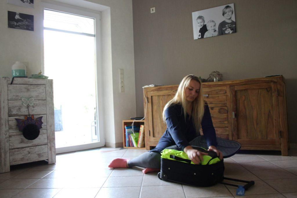koffer-ruimtebesparend-inpakken