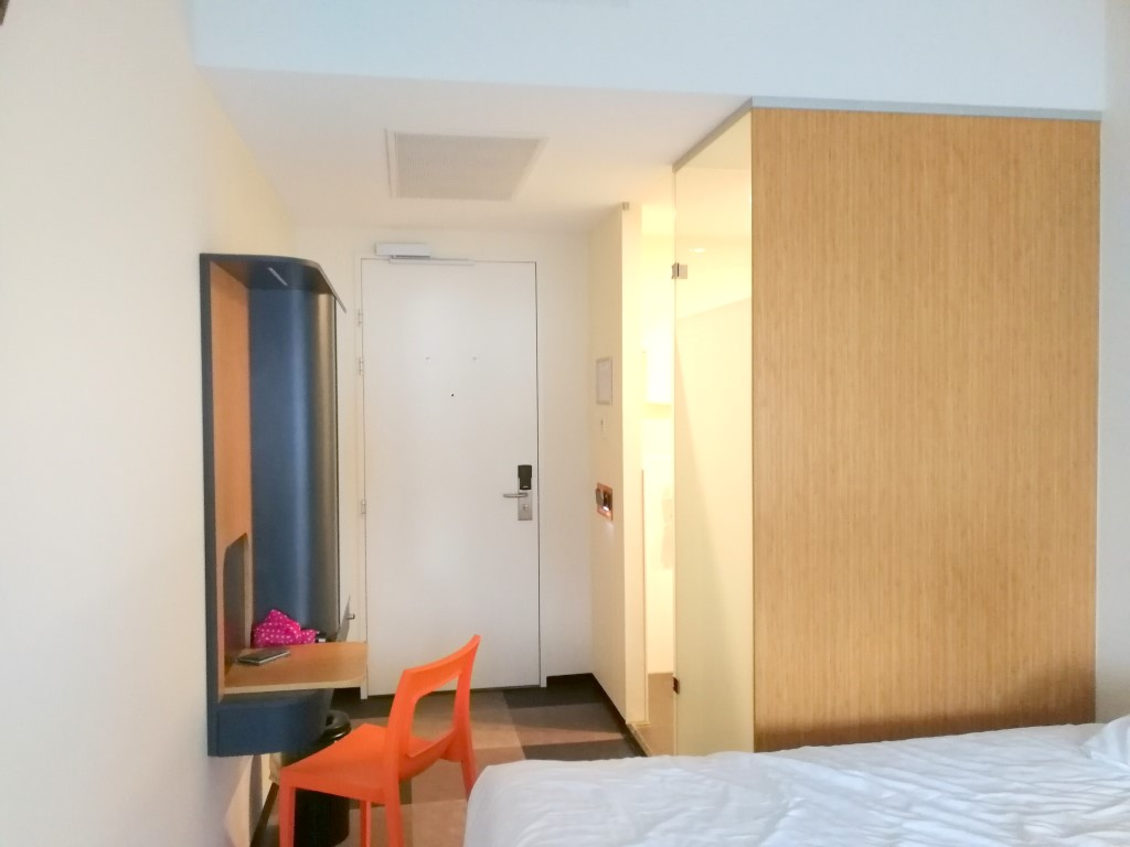 goedkoop-hotel-amsterdam-easyhotel-amsterdam-arena-boulevard-review-ervaring