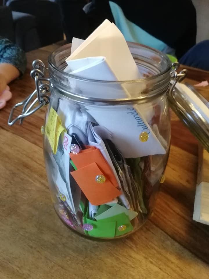 herinneringen-pot-maken-diy-momenten-verzamelen-herinneringen-bewaren-nieuwjaar-traditie