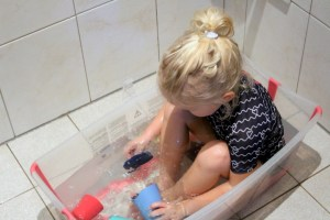 stokke-badspeelgoed-flexi-cups-toys-bath