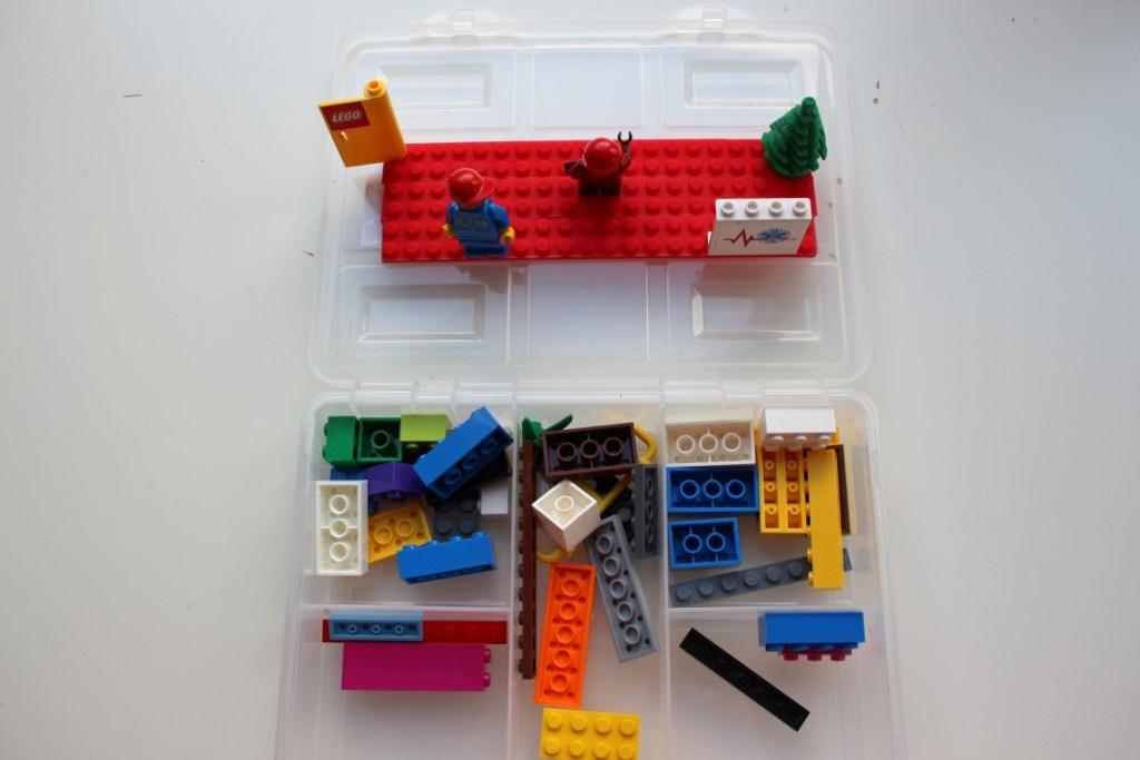 lego-onderweg-tape-idee-lange-autoreis-autovakantie-tips