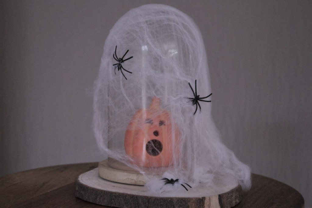 Glazen Stolp Halloween Decoreren