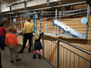 Universum Bremen Science museum met kinderen - Budget uitje Avondticket