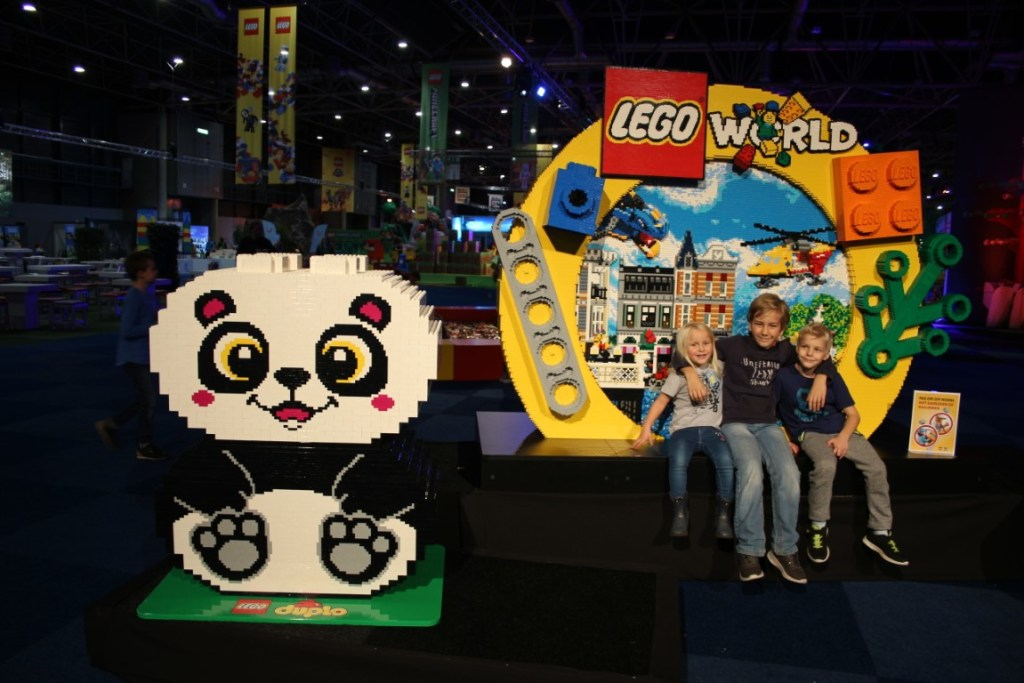 lego-world-2019