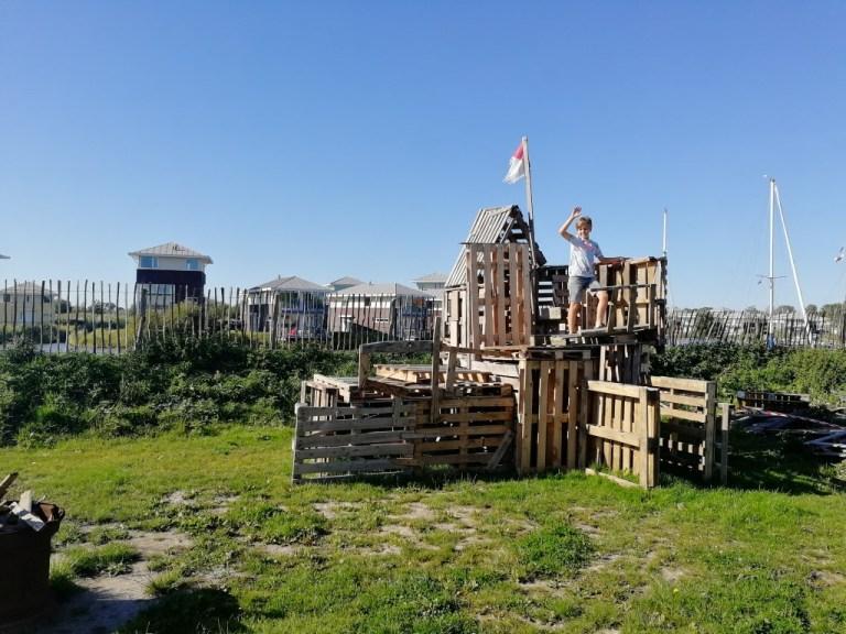 Hutten bouwen bij Landal Esonstad
