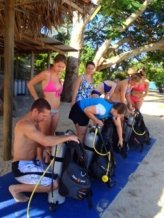 Learn to dive in Fiji