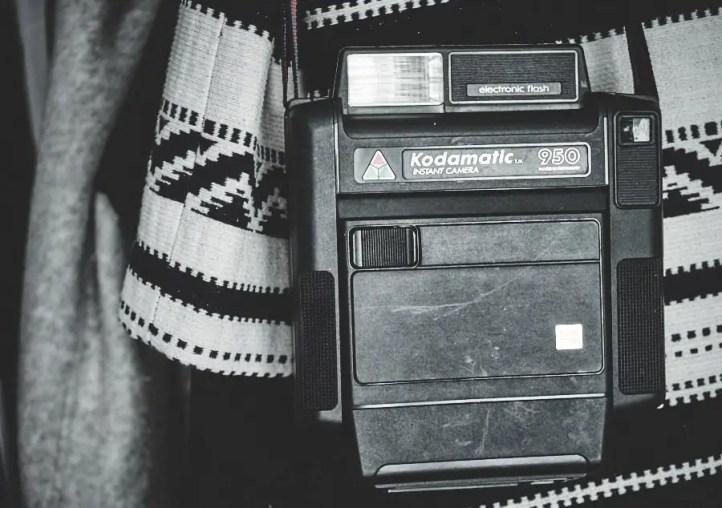 Kodak Sofortbildkamera. Seit Jahrzehnte werden diese Filme nicht mehr produziert, die Kameras sind nur Dekos