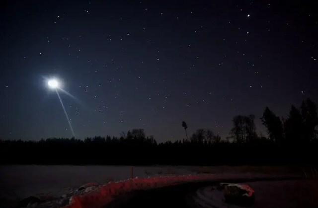 Mondfotografie mit Umgebung