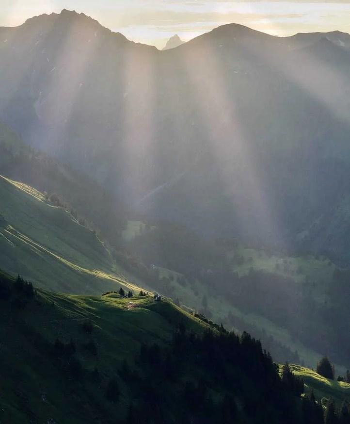 Sonnenstrahlen in den Bergen - Nebelhorn