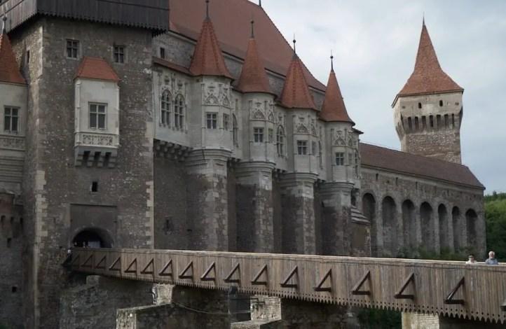 Burg Hunedoara - Castelul Corviniilor - Sehenswürdigkeit in Rumänien