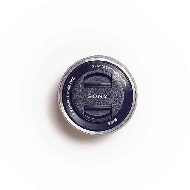 Sony E-Mount SELP1655 Objektiv (Topansicht)
