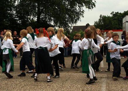 Schulfest Grundschule Karlshöfen 100 Tanz