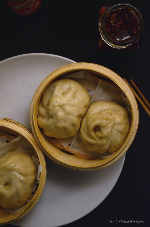 Sauerteig-Baozi mit Hackfleisch-Schnittlauch-Füllung | milchmädchen.