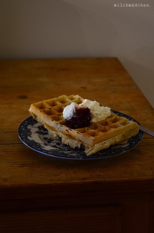 Sourdough Waffles | milchmädchen.