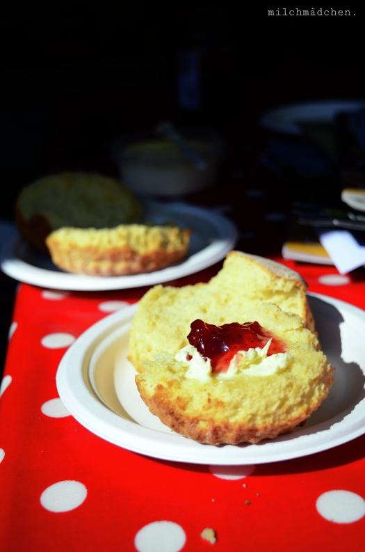 Scones im Café Braw in Edinburgh | milchmädchen.