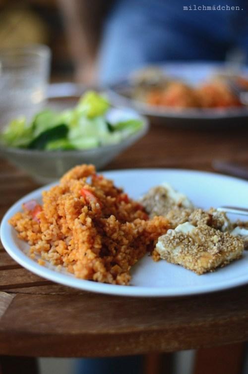 Paprika-Bulgur mit Sesam-Feta | milchmädchen.