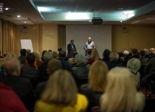 Πλήθος κόσμου στην πολιτική συγκέντρωση του Παναγιώτη Λούτσου (photos & video)