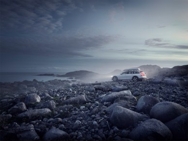 Volvo V90 Cross Country Volvo Ocean Race exterior on location