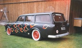 800px-Olav-kjetil-kvipt-1967-amazon-volvo-220-13