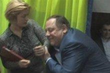 Мельник заявив, що обнімав Геращенко. Незграбно