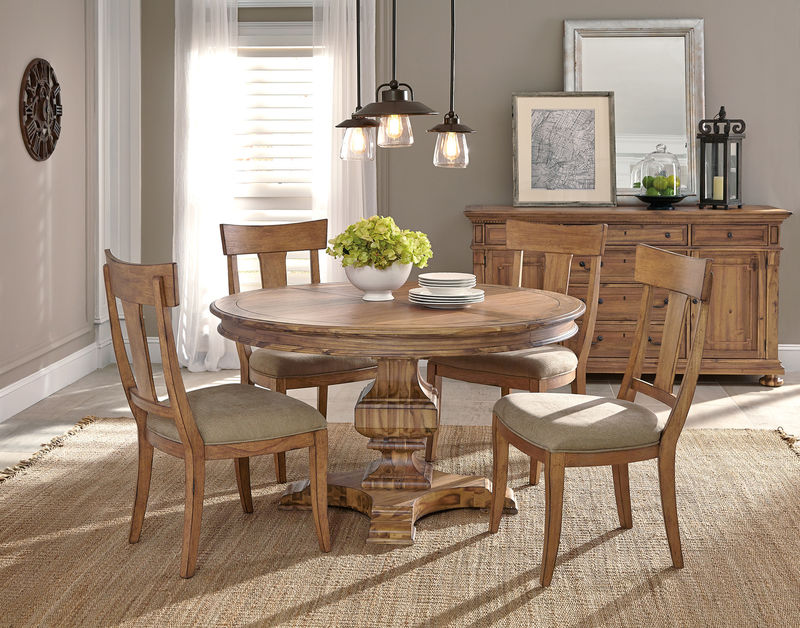 Von Furniture  Wellington Hall Formal Dining Room Set