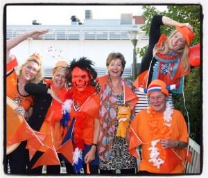 teamwork; best team ever; best friend at work; kleurrijk team
