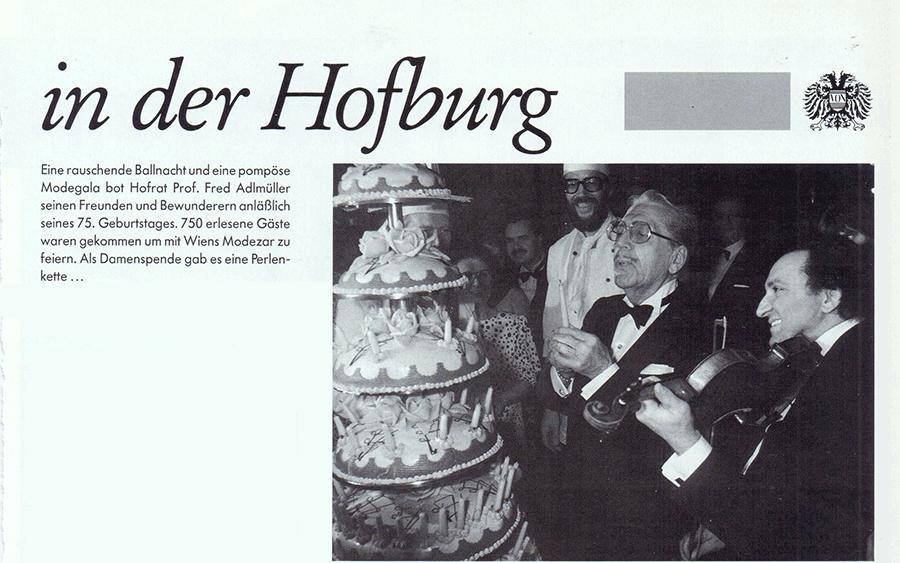 VONsociety: Fred Adlmüller beim Anschneiden seiner 5-stöckigen Geburtstagstorte, im Kreise seiner Gäste, in der Wiener Hofburg 1984