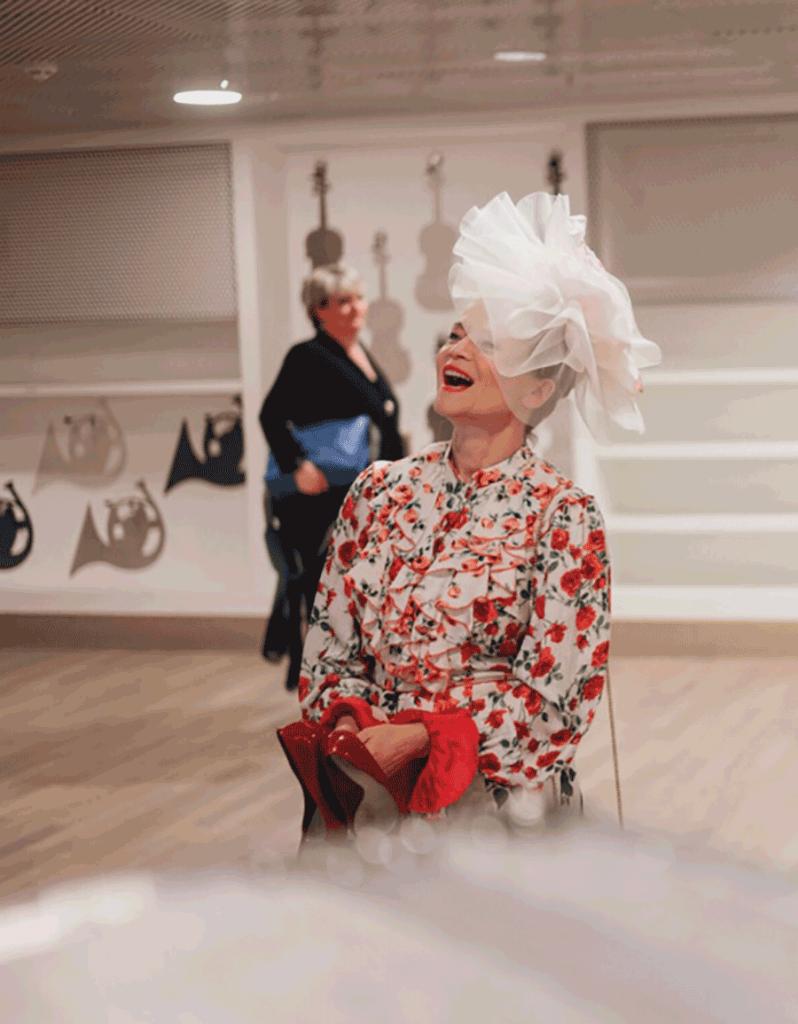 VONsociety: Michou Friesz Backstage in der Elbphilarmonie bei der Silvester Aufführung 2019/20 von  My Fair Lady © Daniel Dittus