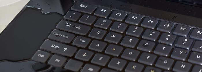 Aansprakelijkheid waterschade laptop