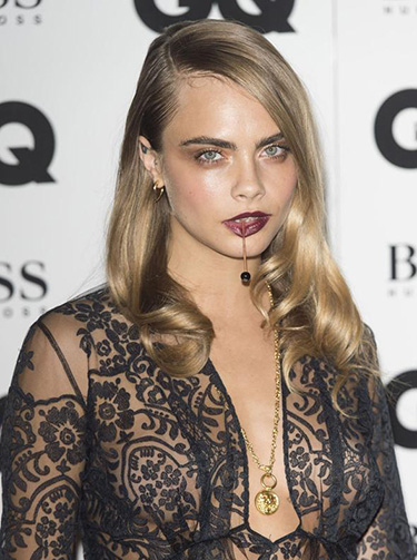 cara-delevingne-gq-awards