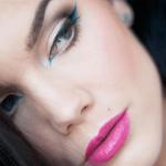 Cómo darle un toque de color al maquillaje