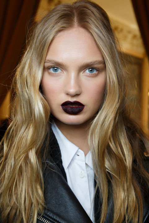 hbz-fw2015-trends-beauty-goth-lips-ungaro-bks-m-rf15-6415