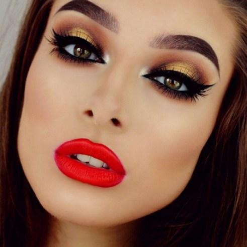 Resultado de imagen de maquillaje labios dorados