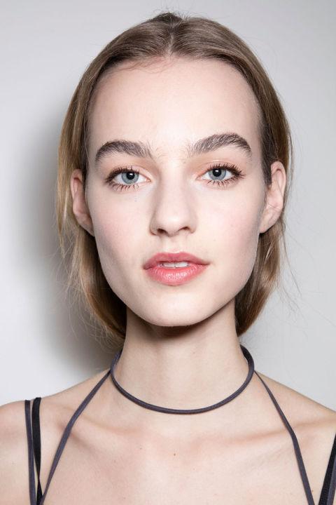 hbz-fw2016-makeup-trends-peach-eyes-nina-ricci-bks-a-rf16-5381