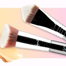 Cinco usos de las brochas kabuki para lograr un maquillaje profesional
