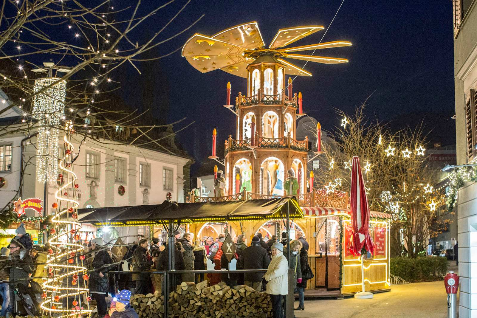 Advent And Christmas Markets Tradition And Magic Winter