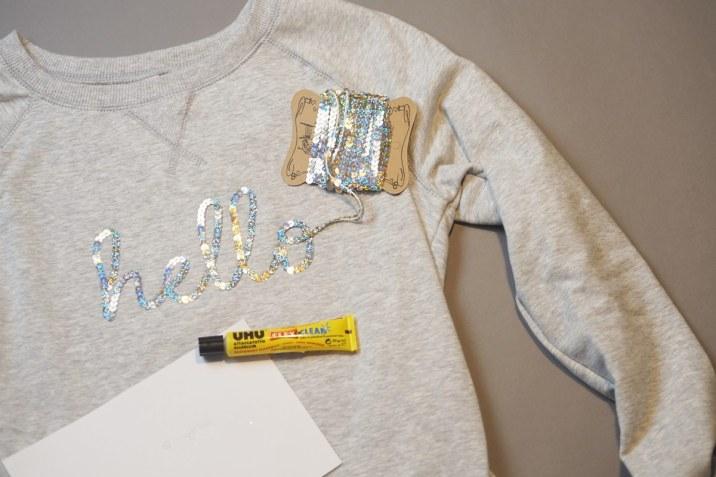 Pullover selbst gestalten mit Pailettenband