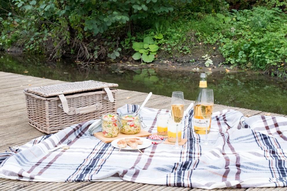 picknick rezepte nudelsalat haehnchensticks dessert