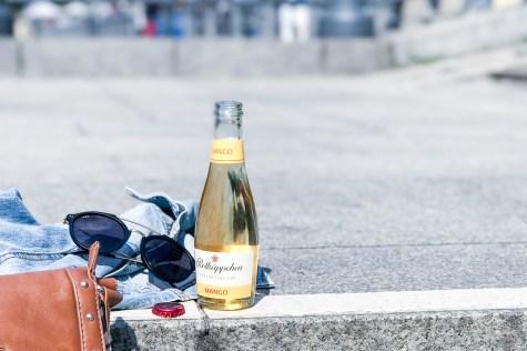 streetstyle berlin rotkaeppchen fruchtsecco sommertour