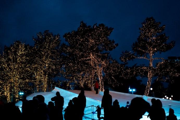 Autostadt wolfsburg winterwelt schneelandschaft