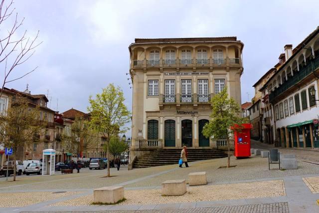 Antiga sede de Chaves do Banco Pinto Sotto Mayor