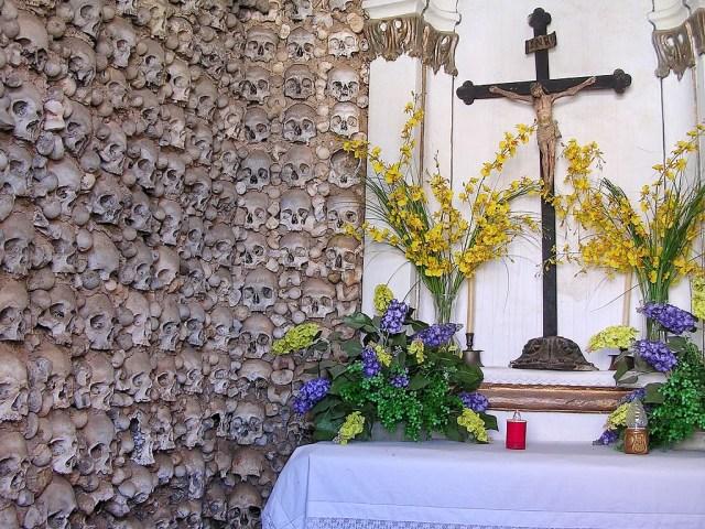 Capela dos Ossos de Monforte