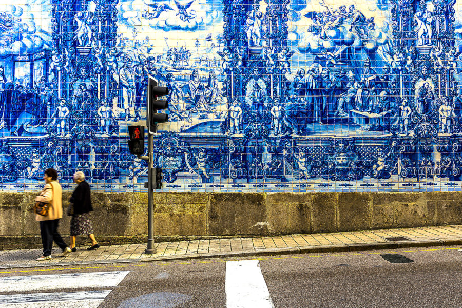 Os 5 pain is de azulejos mais bonitos de portugal vortexmag for Casa dos azulejos lisboa