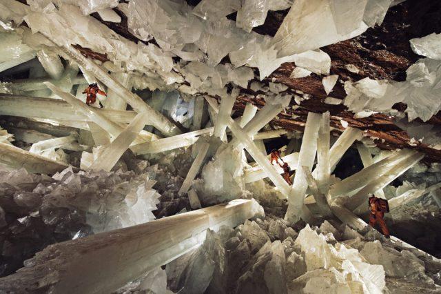 Cave of Crystals (México)