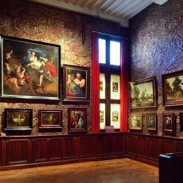 Museu Mayer van den Bergh