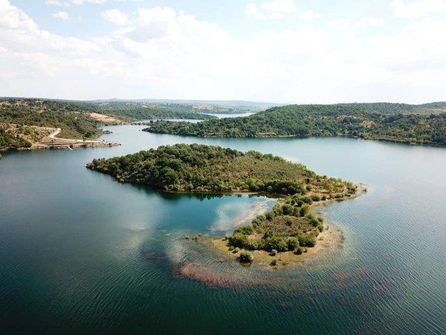 Praia fluvial do Azibo